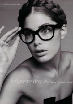 Love these frames. Doutzen Kroes