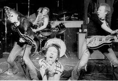 Check out this almost 30 minutes of live footage of Dead Boys in 1977 at CBGB's. Featuring Sonic Reducer, All This and More, Not Anymore, I Won't Look Back, Flame Thrower Love, I Need Lunch, Ain't Nothing to Do, What Love is, High Tension Wire and Search and Destroy.