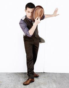 Joseph Gordon-Levitt. Or as I call him, My Dear JGL. Ahhh, the perks of men with good fashion sense.