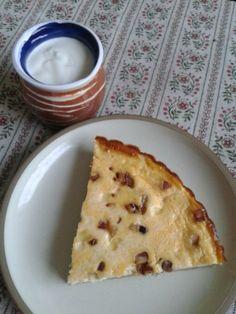 Slaný tvarohový koláč (fotorecept) Pie, Bread, Desserts, Food, Basket, Torte, Tailgate Desserts, Cake, Deserts
