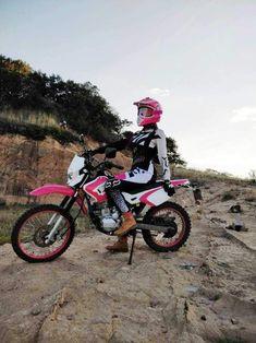 Motorcross Bike, Enduro Motorcycle, Fox Racing, Motocross Girls, Girl Dirtbike, Motocross Couple, Bobbers, Triumph Motorcycles, Dirt Bike Riding Gear