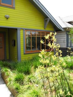 Debra Prinzing » Blog Archive » A tour of the Chartreuse House garden