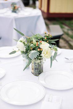 handmade peach wedding | Karyn Johnson Photography | Glamour & Grace