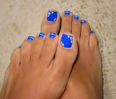 Blue nails... Pretty