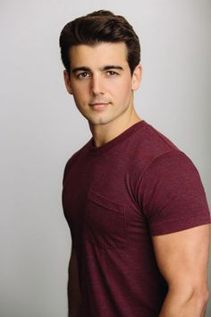 'Teen Beach Movie's' John DeLuca Nabs Lead Role in 'Staten Island Summer' (Exclusive) - this guy totally reminds me of my main character Leo Emma Swan, Teen Beach Movie Characters, Staten Island Summer, Best Concealed Carry, Disney Channel Stars, Disney Stars, Disney Boys, Cute Celebrities, Attractive Men