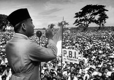1,478 Sukarno Photos and Premium High Res Pictures - Getty Images Online Gratis, Founding Fathers, Art Google, Presidents, Culture, Stock Photos, Couple Photos, Pictures, Image