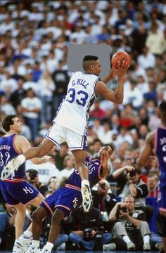 Basketball Skills, Basketball Legends, Sports Basketball, Duke Basketball, College Basketball, Basketball Players, Duke Players, Nba Players, Basketball Pictures