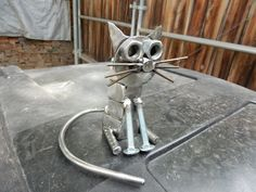 Fabulous awesome metal welding projects Read more articles Welding Art Projects, Metal Art Projects, Metal Crafts, Recycled Metal Art, Scrap Metal Art, Metal Yard Art, Metal Art Sculpture, Steel Art, Metal Welding