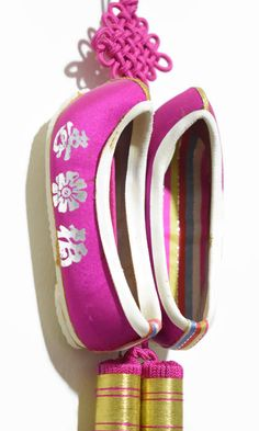 Wall Door Hanging Home Decor China Culture Shoe Party Kitchen Interior Design Hand made  Style: Chinese Vintage Shoes  Color : Pink , White