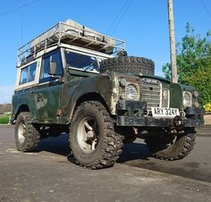 Land Rover (Series & Defenders) and more stuff I like. Defender 90, Defender Camper, Land Rover Defender, Land Rover Models, Land Rover Series 3, Off Road, Motorcycle Style, Vintage Trucks, Range Rover
