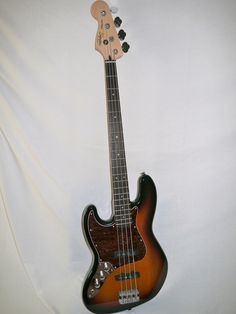 Indian Creek Guitars - Squier Vintage Modified Jazz Bass - Left Handed,  (http://www.indiancreekguitars.com/squier-vintage-modified-jazz-bass-left-handed/)