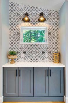 Patterned Kitchen Tiles, Kitchen Wall Tiles, Kitchen Redo, Kitchen Backsplash Design, Bathroom Backsplash Tile, Wallpaper Backsplash Kitchen, Kitchen Remodel, Kitchen Design, Tiling