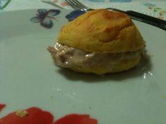 Panini al formaggio con salsa tonnata di veronica