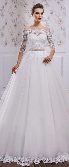 Fantastic Tulle Bateau Neckline A-line Wedding Dress With Lace Appliques & Belt