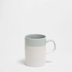 Mug gres colores - Linen Campaign - Editorials Stoneware Mugs, Ceramic Mugs, Zara Home, Cool Mugs, Pottery, Shapes, Tableware, United Kingdom, Campaign