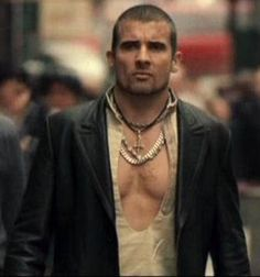 dominic purcell as Drake AKA Dracula (Blade Trinity) Dominic Purcell, Blade Movie, Blade 3, Black Vampire, Black Dagger Brotherhood, Dc Legends Of Tomorrow, Sexy Men, Hot Men, Supernatural