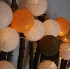 Lichterkette mit 20 Baumwollbällen in verschiedenen sonnigen Farben.