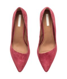 Raspberry pink suede pumps with pointed toes & asymmetrical cut fronts. | H&M Shoes