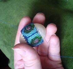 Directions on how to make a beaded egg