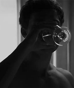 Jamie Dornan Fifty shades of grey movie 50 Shades Trilogy, Fifty Shades Series, Fifty Shades Movie, Fifty Shades Darker, Daddy Aesthetic, Aesthetic Gif, Character Aesthetic, Night Aesthetic, Jamie Dornan