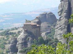 Fotografía: Lilion Simones y Sonis Cerecetto- Meteoras. Kalambaca Mykonos, Santorini, Albania, Montenegro, Macedonia, Half Dome, Monument Valley, Tours, Mountains