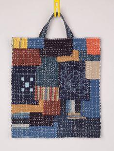 Japanese Embroidery Sashiko Boro bag with sashiko stitching - Big, bold sashiko stitches are key to how to make a boro bag. Explore the elegance of long, decorative reinforced stitching, incorporated into a patchwork fabric bag. Sashiko Embroidery, Japanese Embroidery, Hand Embroidery Patterns, Embroidery Designs, Embroidery Thread, Machine Embroidery, Art Patterns, Flower Embroidery, Boro Stitching