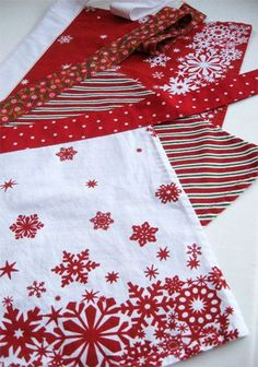 Dishtowel Aprons  May need more than a dish towel for my belly, but I would love some quick to put on aprons.