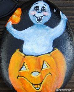 handpainted halloween rock art,ghost