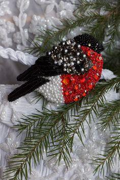 """Купить Снегирь """" Невеста"""" . - комбинированный, снегирь, объемная вышивка, мерцающий, зима 2016"""