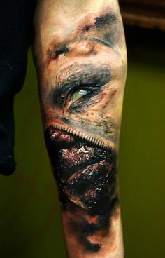 Incredibly surreal horror/gore tattoo by Domantas Parvainis #tattoos #horror
