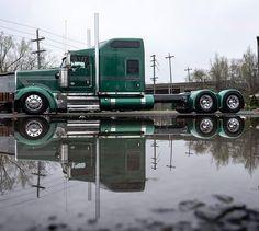 Big Rig Trucks, New Trucks, Custom Trucks, Cool Trucks, Pickup Trucks, Volvo Diesel, Kenworth Trucks, Peterbilt, Freight Truck