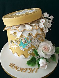 Hatbox and Roses ~ all edible