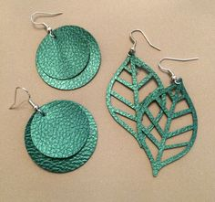 Real Girl's Realm: How to Make Faux Leather Earrings With Cricut