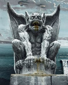 Gargoyle on the Santa Cruz Boardwalk