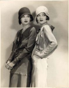fashionnostalgia:    Joan and Constance Bennett  by le beau monde on Flickr.
