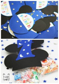 PANACEA EVENTOS Invitaciones y bolsitas Mickey Mago. Facebook/panaceaeventos panaceaeventos@gmail.com Disney Theme, Disney Mickey, 3rd Birthday Parties, Birthday Ideas, Circo Do Mickey, Mickey Party, Safari Party, Girls Camp, Mickey And Friends