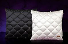 Pillows with swarovski elements Bed Cushion Design, Bed Cushions, Throw Pillows, Swarovski, Chanel, Shoulder Bag, Bags, Diy, Fiestas