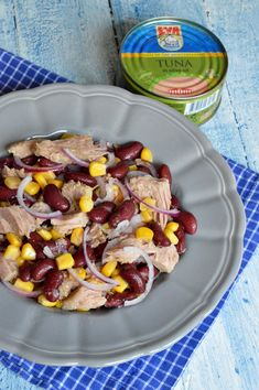 Salata mexicana cu ton - CAIETUL CU RETETE Tuna, Oatmeal, Breakfast, Food, The Oatmeal, Morning Coffee, Rolled Oats, Essen, Meals