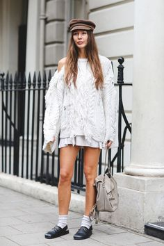 The+Best+Street+Style+At+London+Fashion+Week+SS18+#refinery29+http://www.refinery29.uk/2017/09/170850/street-style-london-fashion-week-ss18#slide-65