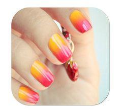 jaune-ish ongles orange et rouge!