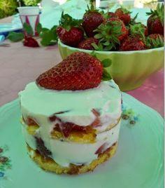 Q B Le ricette light: Dessert per diabetici con fragole e crema di ricot...