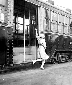 1928 flapper on a streetcar in Toronto, Canada. Jamaica, Old Photos, Vintage Photos, 1920s, Chattanooga Choo Choo, Zen, Canadian Things, Equador, Bahamas