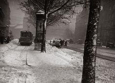 Fine Art Photo, Photo Art, Old Photos, Vintage Photos, History Photos, Budapest Hungary, Photomontage, Black And White Photography, Tao