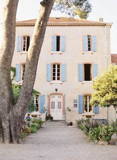 Wow. No jokes this is exactly the house I've dreamed of having since I was a little girl. A French house with blue shutters ❤️ #dreamhome #house