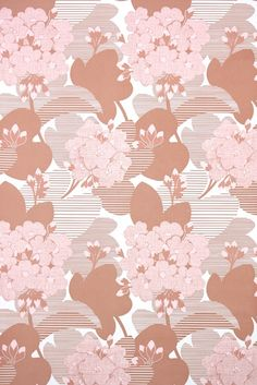 Retro Vintage Wallpaper by the Yard Floral Vintage Wallpaper - Retro Floral Vintage Wallpaper Pink Hydrangeas Brown and White Vintage Wallpaper Patterns, Pattern Wallpaper, Wallpaper Designs, Brown Wallpaper, Retro Wallpaper, Interior Design Courses, Retro Styles, Pink Hydrangea, Retro Floral