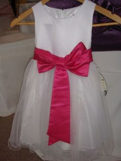 Pretty Flower Girl Dress with Coordinating Sash http://www.weddingmarket.co.uk/special-order-items/bridesmaid-flower-girl-dresses/