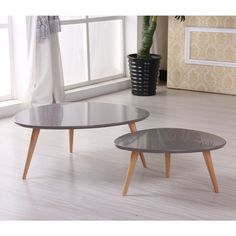 These Free-Form Coffee tables are suitable for any modern setting with their retro style. Three legged supports and smooth finished tops provide a stylish look for living spaces. The smaller table can