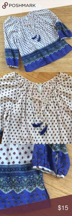 """NWOT! Hippie Boho Peasant Top 🧞♀️🧞♂️ New without tags, and in perfect condition. Super cute semi sheer, long sleeve peasant shirt. Armpit to armpit 19"""", length 24"""". Forever 21 Tops Blouses"""