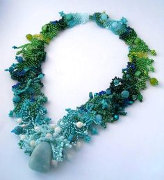 Aquamarine Turquoise Green Gradient Free form Peyote by ibics Seed Bead Necklace, Seed Bead Jewelry, Beaded Jewelry, Handmade Jewelry, Beaded Necklaces, Jewelry Crafts, Jewelry Art, Jewelry Design, Jewellery