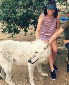 Miranda Cosgrove and wolfie